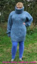kid_mohair_t-neck_sweater_blau_1.jpg